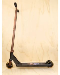 Custom Scooter - DISTRICT - PEARL BLACK / COINE